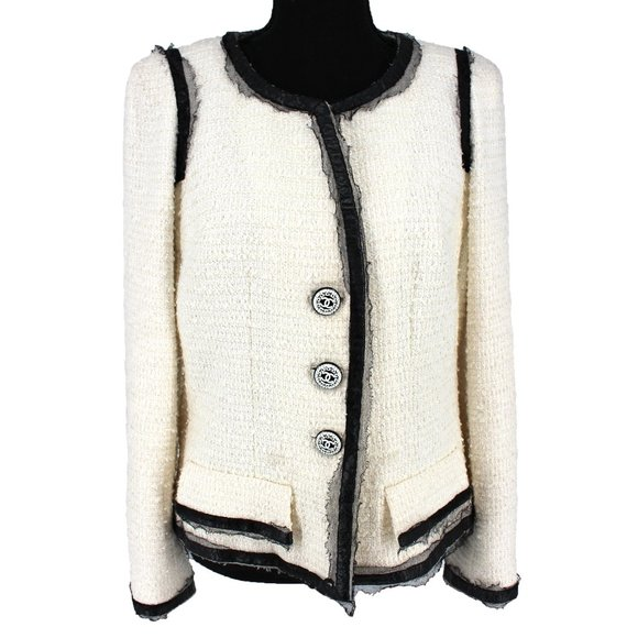 CHANEL 2009 Lace Leather Trim Ivory Tweed Jacket CC Logo Button France 40 US 8